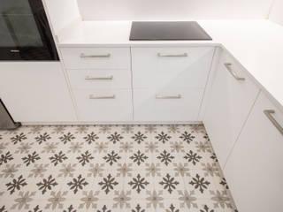 Grupo Inventia Built-in kitchens Ceramic Beige