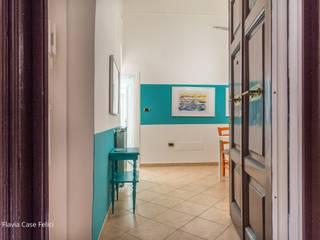 Flavia Case Felici Pasillos, vestíbulos y escaleras de estilo mediterráneo