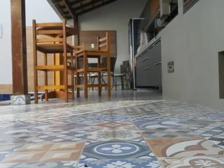 Área Externa Adriana Baccari Projetos de Interiores Piscinas modernas