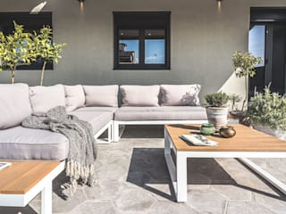 Michele Mantovani Studio Balcone, Veranda & Terrazza in stile moderno Ceramica Grigio