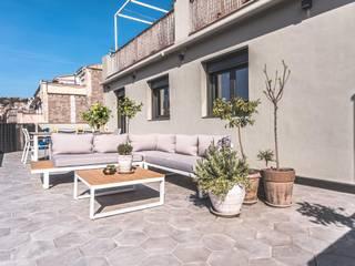 Michele Mantovani Studio Balcon, Veranda & Terrasse modernes Céramique Gris