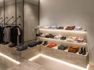 Michele Mantovani Studio Negozi & Locali commerciali moderni Metallo Variopinto