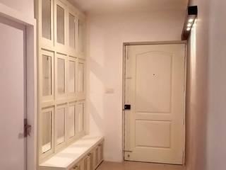Shape Interiors Pasillos, vestíbulos y escaleras de estilo moderno