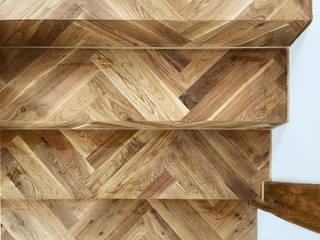 Atelier Blank Soggiorno minimalista Legno Effetto legno