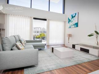 H&P Mobiliário e Decoração Living roomTV stands & cabinets Kayu Wood effect