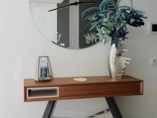 H&P Mobiliário e Decoração Corridor, hallway & stairsDrawers & shelves Kayu Wood effect