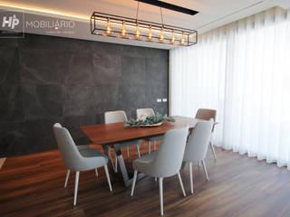 H&P Mobiliário e Decoração Dining roomTables Kayu Wood effect