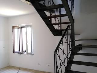 Alessandro Jurcovich Architetto 客廳配件與裝飾品 鐵/鋼 Grey