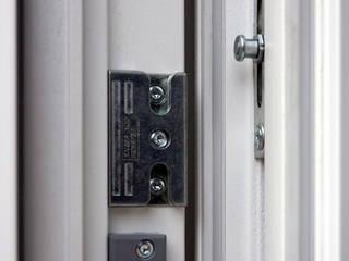 Kneer GmbH, Fenster und Türen Windows & doors Windows