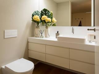 Marta Maria Pereira, Unipessoas, LDA BathroomFittings Grey