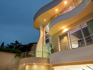 Designer de Interiores e Paisagista Iara Kílaris Rumah Modern