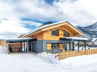 Vitalhaus Wildmoos Regnauer Hausbau Holzhaus Holz Braun