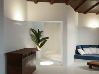 Architetto Alessandro spano Mediterranean style living room