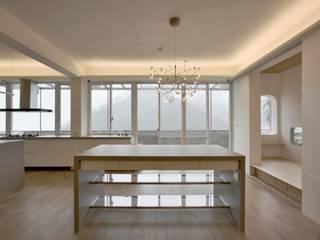王采元工作室 Cucina minimalista PVC Grigio