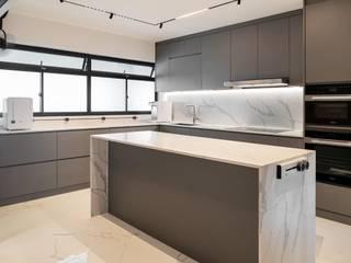 Mr Shopper Studio Pte Ltd Modern Kitchen