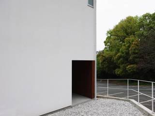 空間建築-傳 Wooden houses White