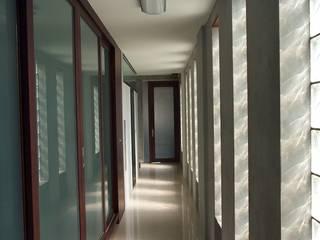 桃園 透天住宅 大也設計工程有限公司 Dal DesignGroup 現代風玄關、走廊與階梯