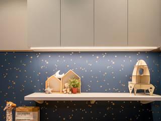 Tre Residences Mr Shopper Studio Pte Ltd Scandinavian style nursery/kids room