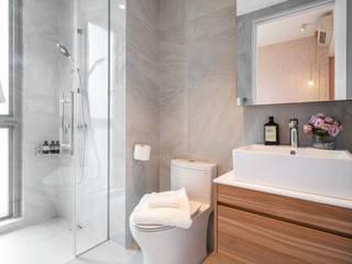 Tre Residences Mr Shopper Studio Pte Ltd Scandinavian style bathroom