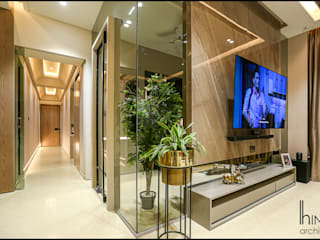 Runwal Greens - Mulund W (4bhk 2000 sq.ft c.a) Hinge architects Modern living room Marble Brown