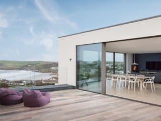 Modern Eco-Friendly Sustainable Holiday home in Polzeath Cornwall Arco2 Architecture Ltd Balcony