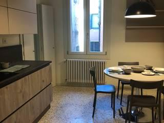 Ristrutturazione a Venezia di appartamento privato Anita Cerpelloni Paper Project Venice Soggiorno moderno