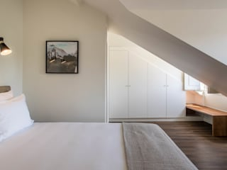 MA.TERIA. ARCHITECTURE SOLUTIONS Eclectic style bedroom White