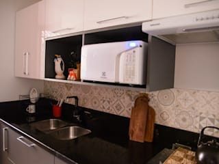 Marcenaria Athos KitchenCabinets & shelves Grey