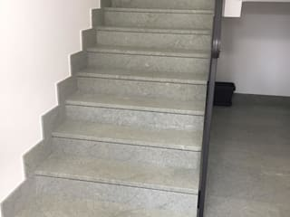 TEBALDI GIUSEPPE SRL Koridor & Tangga Modern Marmer
