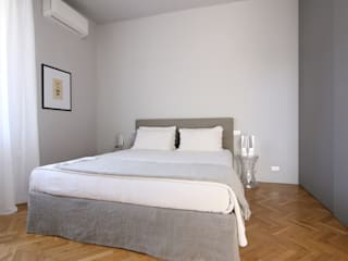 Arching - Architettura d'interni & home staging Modern style bedroom Grey