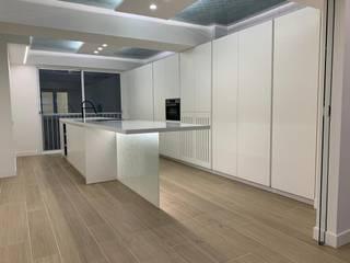 Granitrans Dapur Modern Kaca White