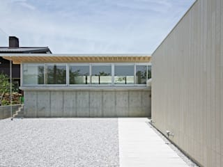 空間建築-傳 Modern houses White