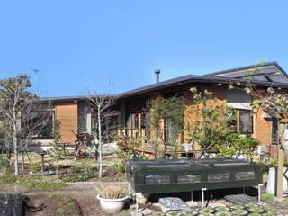 土間と離れのある家~人の集まる住まい 原 空間工作所 HARA Urban Space Factory 木造住宅 木 緑