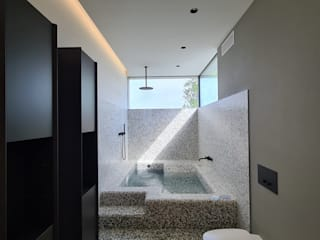 Aquazzura Piscine Modern bathroom