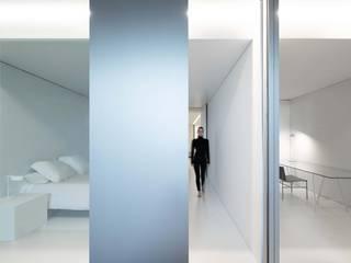 NIU 160 FRAN SILVESTRE ARQUITECTOS Dormitorios de estilo minimalista