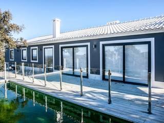 CB arq Casas de estilo mediterráneo Ladrillos Gris