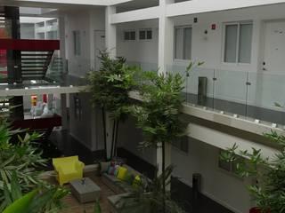 Struo arquitectura Hotels Ceramic White