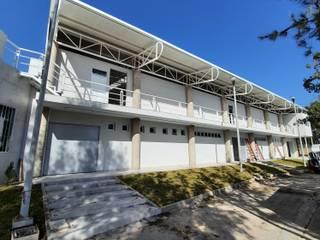 ALUCO SOLUCIONES Paredes y pisos de estilo moderno Aluminio/Cinc Gris
