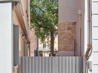 Fassadensanierung Denkmal am Holzmarkt Dannien Roller Architekten + Partner PartG mbB Klassische Geschäftsräume & Stores