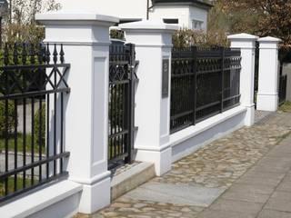 Tor-und Zaunpfeiler für ihr Gartentor und Gartenzaun TRAX-MATTHIES Säulen Balustraden Stuck Vorgarten