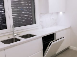 DIONI Home Design KitchenSinks & taps