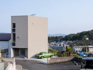 己斐中の家 吉田豊建築設計事務所 YUTAKA YOSHIDA ARCHITECT & ASSOCIATES ミニマルな 家 ベージュ