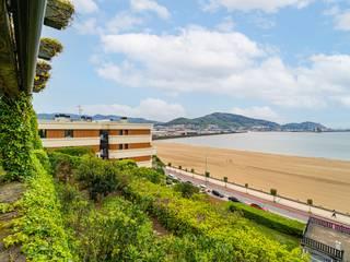 Bernadó Luxury Houses Varandas, alpendres e terraços rústicos