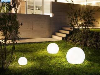 Skapetze Lichtmacher Modern Garden