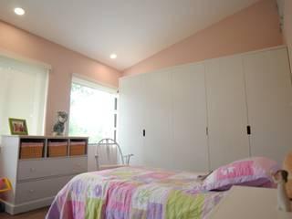 DE LEON PRO Girls Bedroom