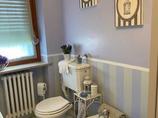 Silvia Camporeale Interior Designer Classic style bathroom Ceramic Purple/Violet