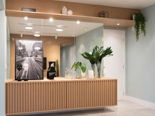 Ju Miranda Arquitetura Living roomTV stands & cabinets