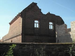 Antik-Stein Classic style houses