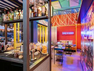 Tuk Tuk Ride - Thai & Vibes Caleidoscopio Architettura Gastronomia in stile asiatico Ferro / Acciaio Arancio