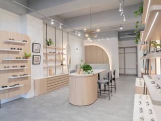漢玥室內設計 Tiendas y espacios comerciales Tablero DM Acabado en madera